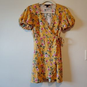 Forever 21 floral wrap yellow sundress flowers